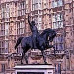 Bronze statue of Richard the lionheart