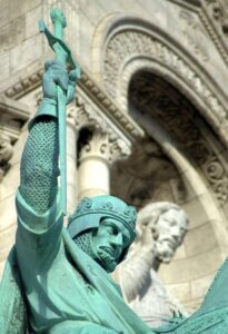 The-Crusades-Knights-Statue